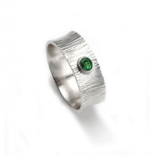 'Bark' Textured Sterling Silver Concave Ring, set with an Emerald.