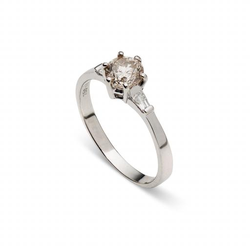 18ct White Gold Ring set with three Diamonds.