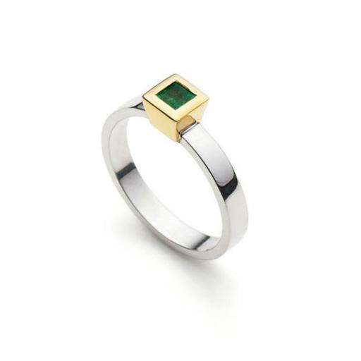 Handmade 18ct White Gold 3mm wide band, with a 3mm square Emerald, in an 18ct Yellow Gold, cone shaped setting.