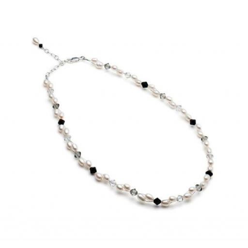 Hand made, Fresh Water Pearl and Swarovski Crystal Necklace